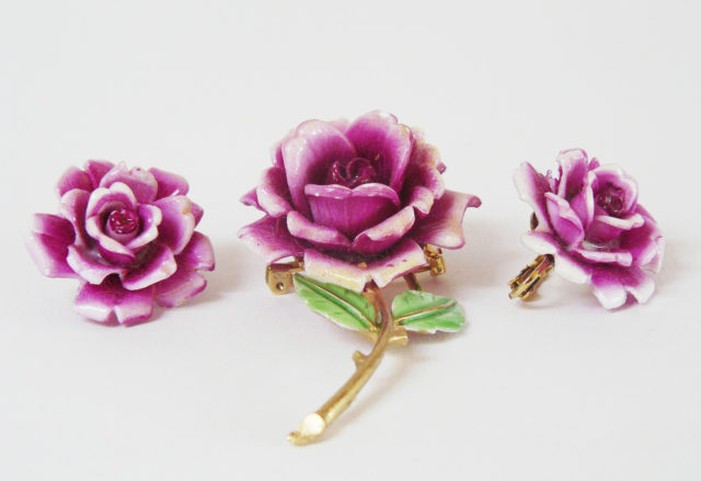 Pink roses, brooch and earrings
