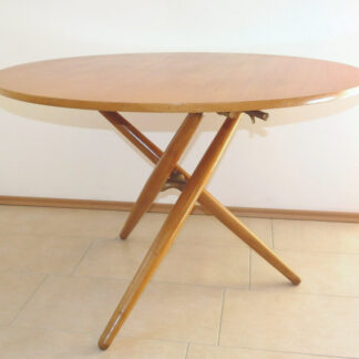 "Table ""Ess.Tee.Tisch"", Jürg Bally"