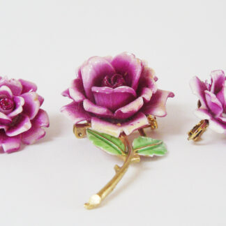 Pink roses, brooch and earrings